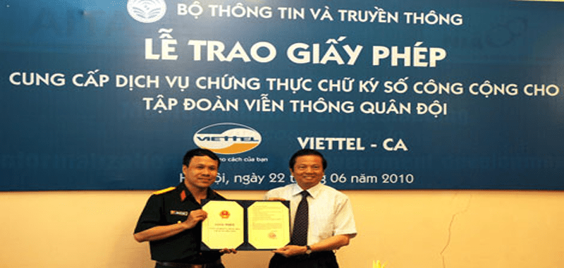Lễ trao giấy phép cung cấp dịch vụ chữ ký số công cộng